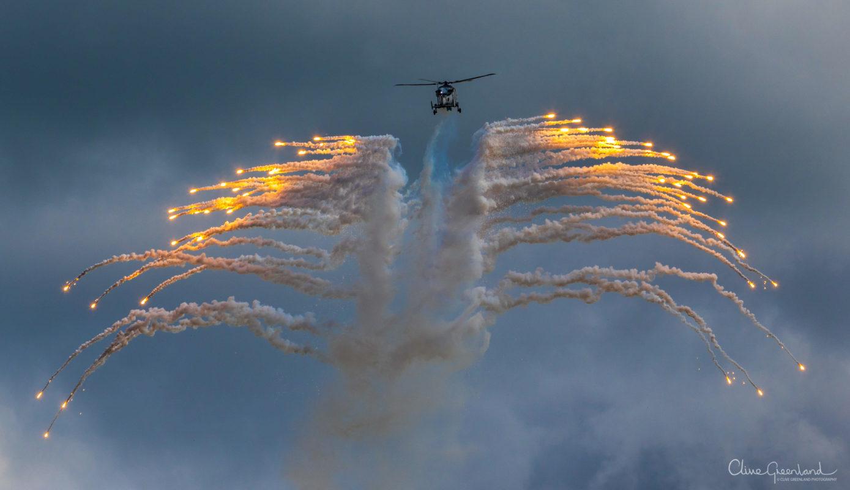 Permalink to:Flares – RNAS Yeovilton