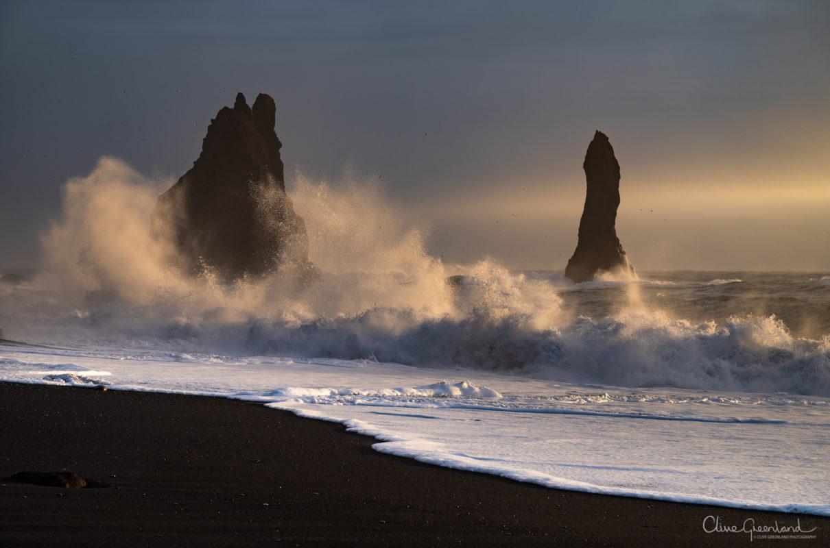 Permalink to:Reynisfjara Beach near Vik – South Iceland